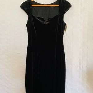 David Meister Black Velvet Dress SZ 8